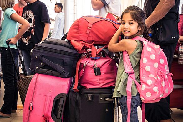 Россиян с детьми хотят выпускать за границу по-новому. Россиян с детьми хотят выпускать за границу по-новому