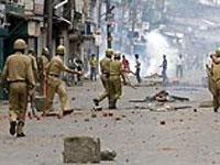 Индию захлестнули массовые волнения