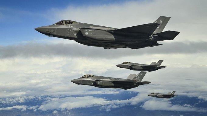 """Летчики НАТО """"случайно"""" нарушили воздушное пространство Финляндии. Летчики НАТО случайно нарушили воздушное пространство Финлянди"""