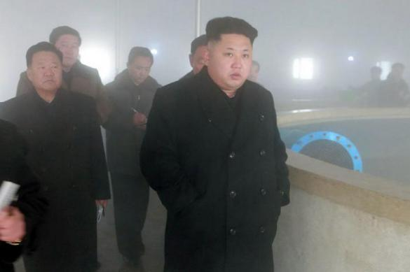 Ким Чен Ын попался на секс-рабынях и поддельном загранпаспорте. 383870.jpeg