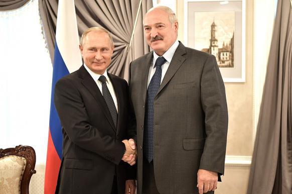 Лукашенко пообещал Путину не поставлять в Россию плохую водку.