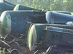 Под Ржевом мазут остановил поезда и угрожает Волге