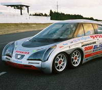 Восьмиколесный электромобиль - 375 километров в час