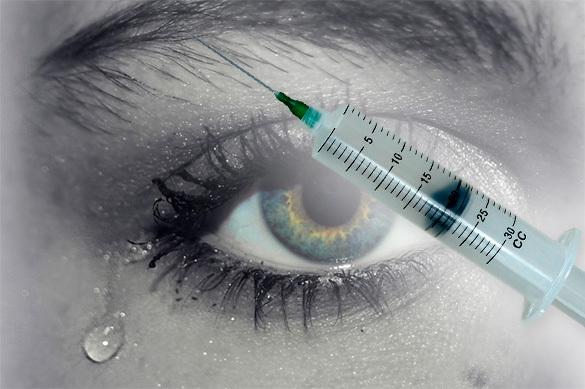 Вирус Зика может передаваться через слезы - ученые