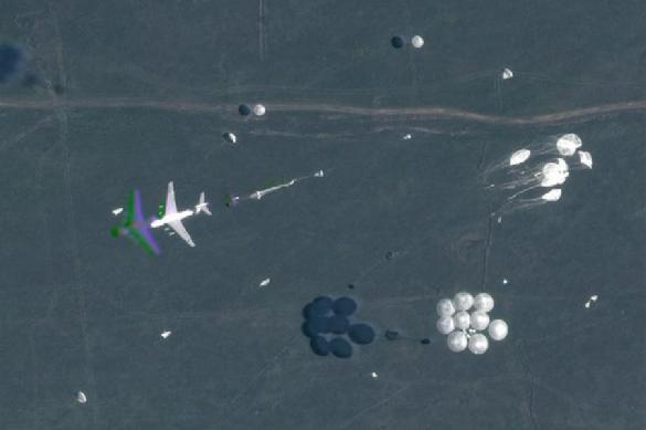 В США показали спутниковые снимки учений