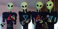 Американский художник превратил волхвов в инопланетян. usa