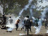В столице Кении тысячи демонстрантов требуют отставки начальника