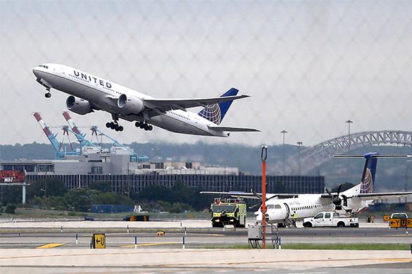 Как крупнейшей авиакомпании США обрезали крылья