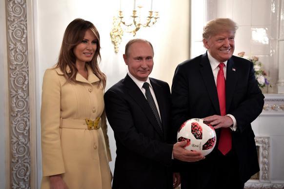 Мяч, подаренный Путиным Трампу, проверят. 389877.jpeg