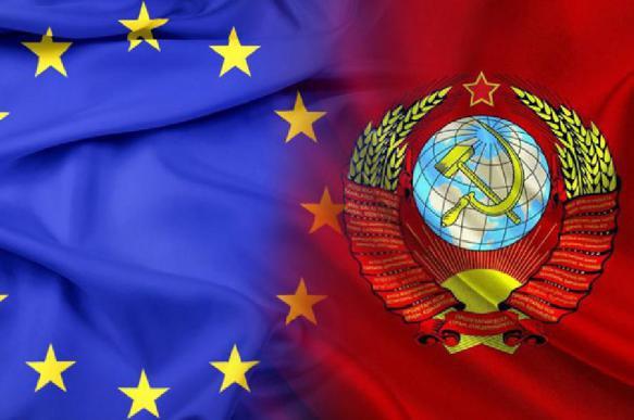 В Брюсселе оскорбились сравнением ЕС с СССР. 392878.jpeg