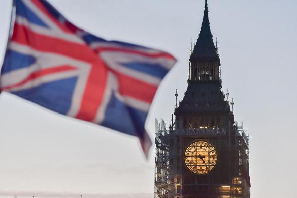 Британия обещает прижать построже российских олигархов. Британия обещает прижать построже российских олигархов