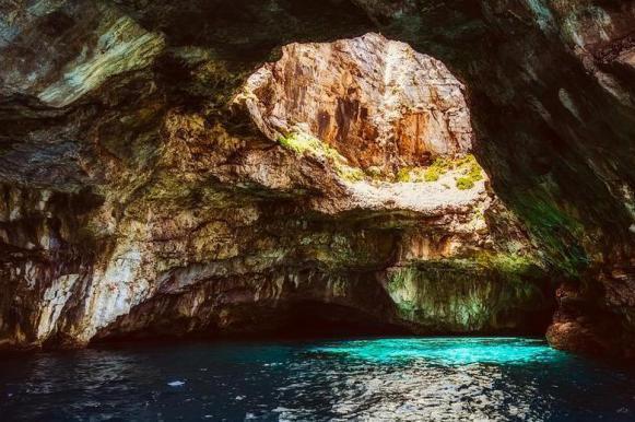 В Мексике найдена гигантская тайная пещера. В Мексике найдена гигантская тайная пещера