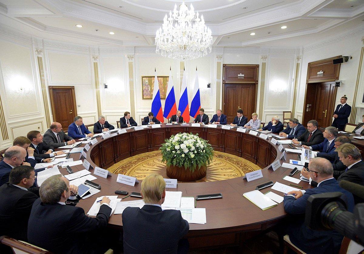 Путин поставил вопрос о конкурентоспособности российских портов. Путин поставил вопрос о конкурентоспособности российских портов