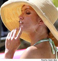 Современные курящие знаменитости окончательно утратили ореол