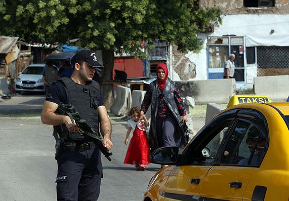 Турция, полицейский