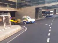 В аэропорту Внуково на автобус рухнула стальная балка. 253886.jpeg