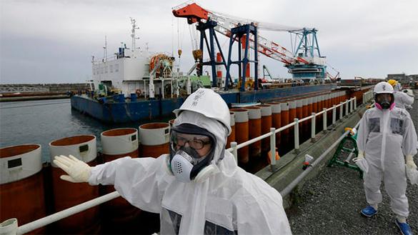 В Канаде с 15-метровой высоты упал контейнер с химикатами. 289889.jpeg