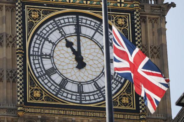Беглые олигархи начали уезжать из Лондона. Беглые олигархи начали уезжать из Лондона