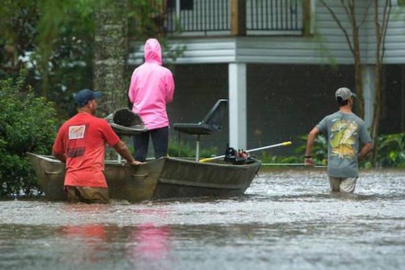 На штат Луизиана пытается выстоять под ударами урагана
