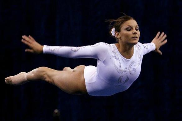 Джейми Данцше - одна из гимнасток, подавших иск в Лоуренсу Насса