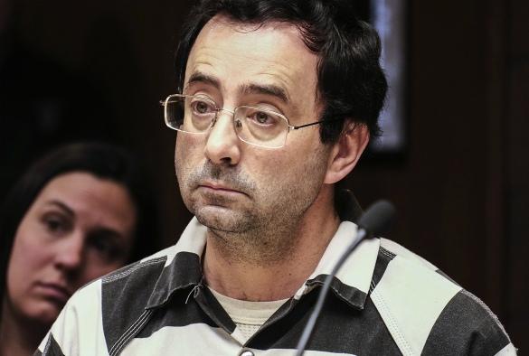 Лоуренс Нассар - врач, обвиняемый в сексуальных домогательствах