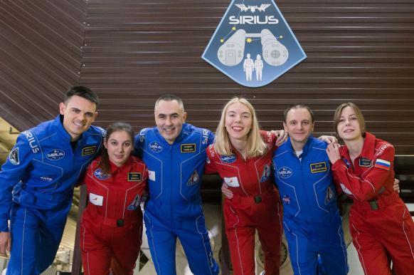 В Москве начался эксперимент по подготовке к полету на Луну