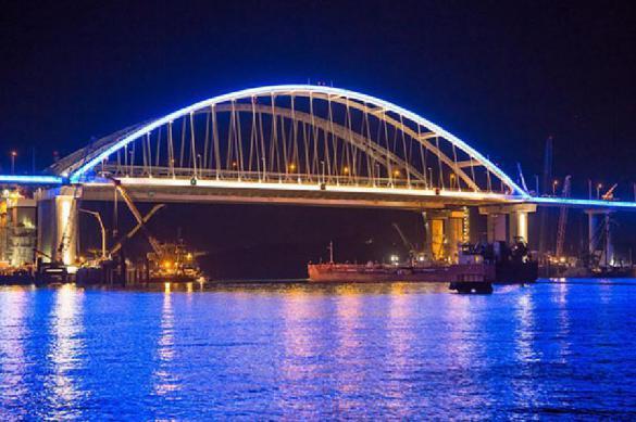 Украина тоже будет пользоваться Крымским мостом. 386901.jpeg