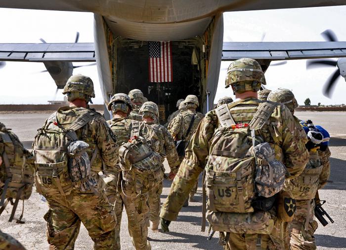 солдаты США уходят из Афганистана