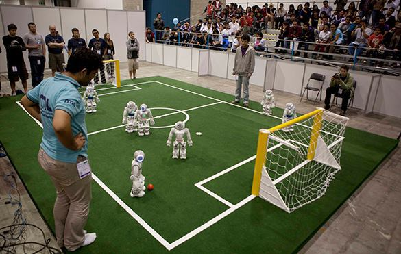 Роботы отстоят честь российского футбола. 303903.jpeg