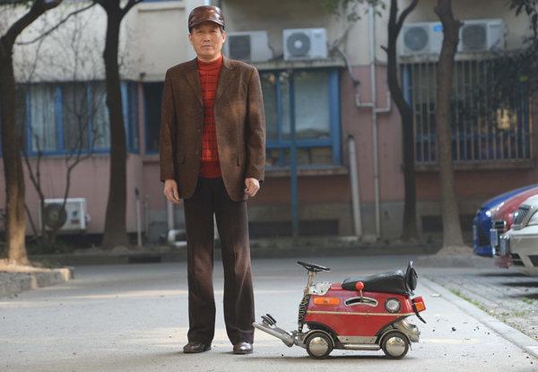 Китаец собрал автомобиль-погрузчик длиной в 60 сантиметров.ФОТО. 307903.jpeg