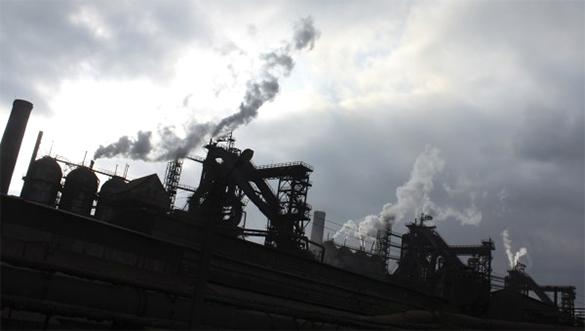 В режиме ассоциации , экспорт Украины в ЕС обвалился на 31 процент. промышленность, завод, предприятие