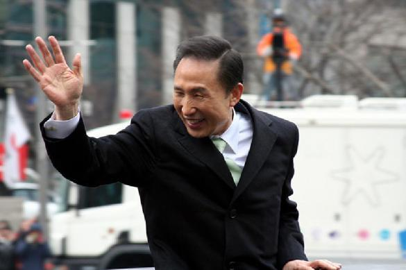 Экс-глава Южной Кореи сядет в тюрьму на 15 лет. 392903.jpeg