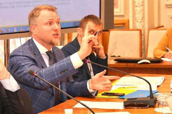 Украинский депутат призвал затравить Новороссию дихлофосом. Украинский депутат призвал затравить Новороссию дихлофосом