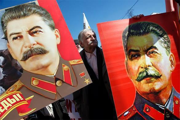 Почему в России начали хорошо относиться к Сталину — Николай СТАРИКОВ. Почему в России начали хорошо относиться к Сталину