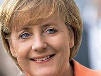 В Германии показали Ангелу Меркель в образе куклы Барби