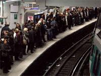 Железнодорожное сообщение во Франции парализовано из-за