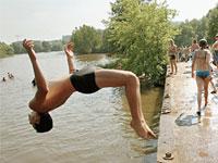 Россия оказалась во власти тропической жары