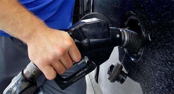 Стоимость бензина в 2015-м взлетит на 15 процентов. 302909.jpeg