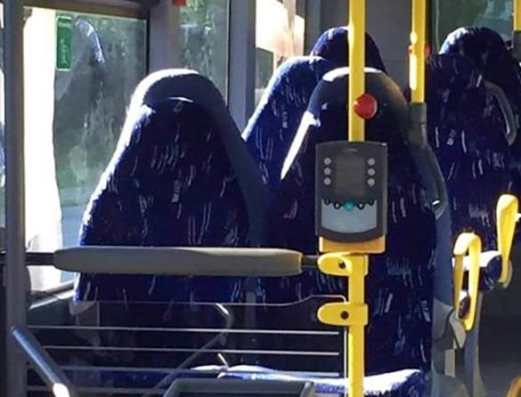 Гюльчатай, открой личико!: похожие на мусульманок автокресла в