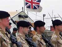 Британцы резко захотели служить в армии