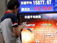 Основные индексы на бирже в Токио заметно
