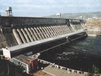 Откачка воды с затопленной ГЭС займет три дня