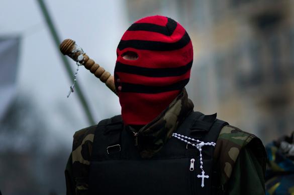 Экстремисты Украины выдвинули власти новый ультиматум. правый сектор радикалы