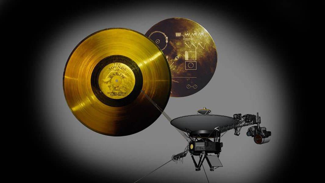 Теперь земляне могут послушать записи, отправленные в космос 40 лет назад. Теперь земляне могут послушать записи, отправленные в космос 40