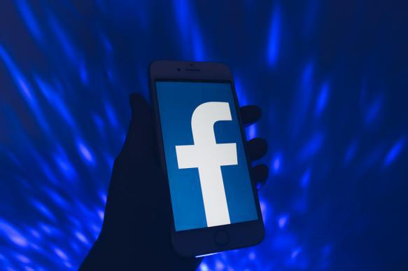 "Facebook дала ""добро"" на рекламу криптобиржи Coinbase. 389913.jpeg"