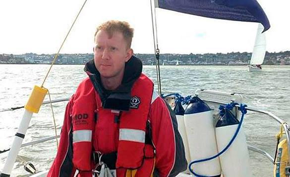 Беглый подводник обнародовал на WikiLeaks неприглядные секреты военно-морской базы. беглый моряк-подводник Уильям Макнейли