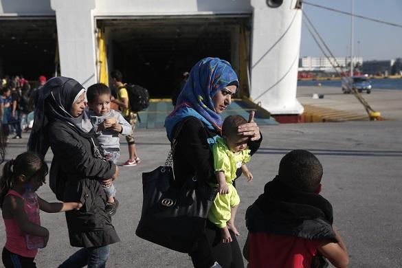 НАТО займется мигрантами в Эгейском море