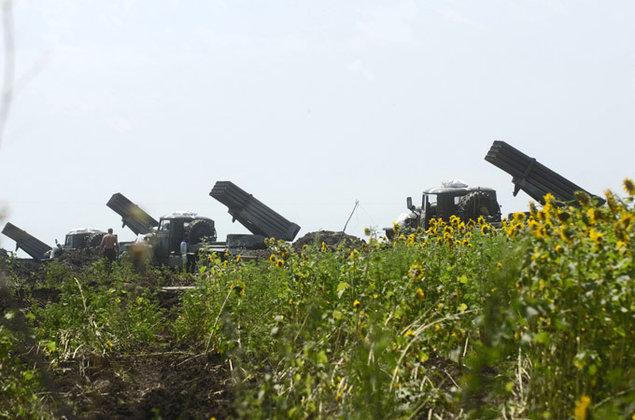Учения артиллеристов проходят в Астраханской области