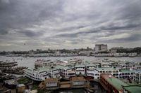 Из-за урагана в Бангладеш эвакуированы почти полмиллиона человек