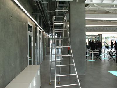 """Аскетичное """"Сколково"""": голый бетон и море инноваций. 269916.jpeg"""